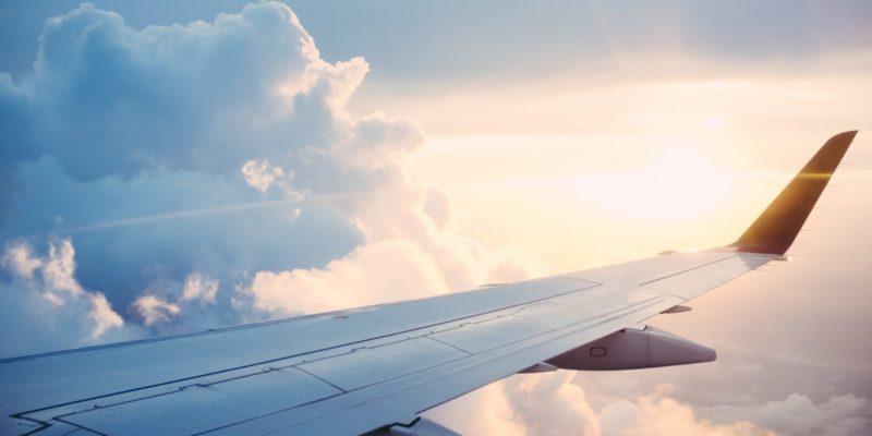 Những điều cần biết khi mẹ bầu đi máy bay